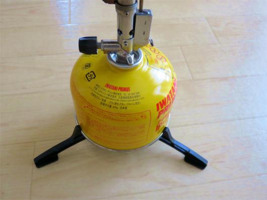 プリムスカートリッジホルダープリムスP-153バーナーを装着