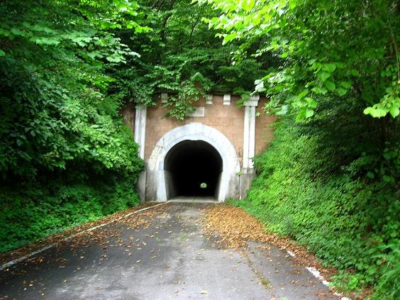 旧笹子トンネル(笹子峠)