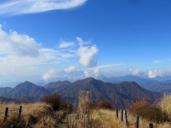 檜洞丸と富士山の絶景