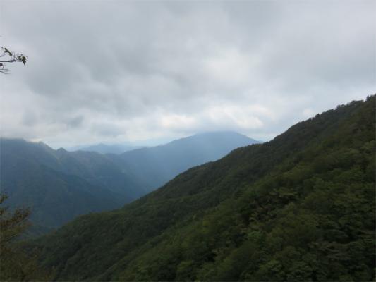 姫次からの大室山の景色