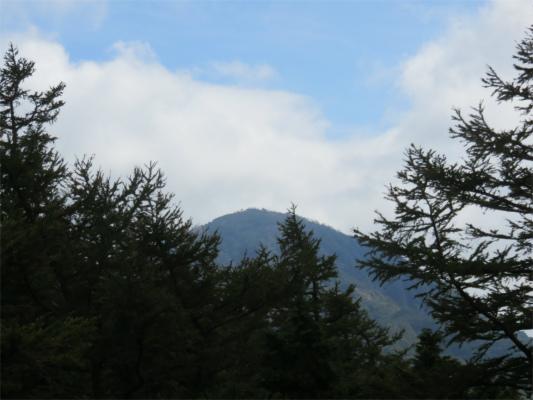 姫次からの蛭ヶ岳の様子