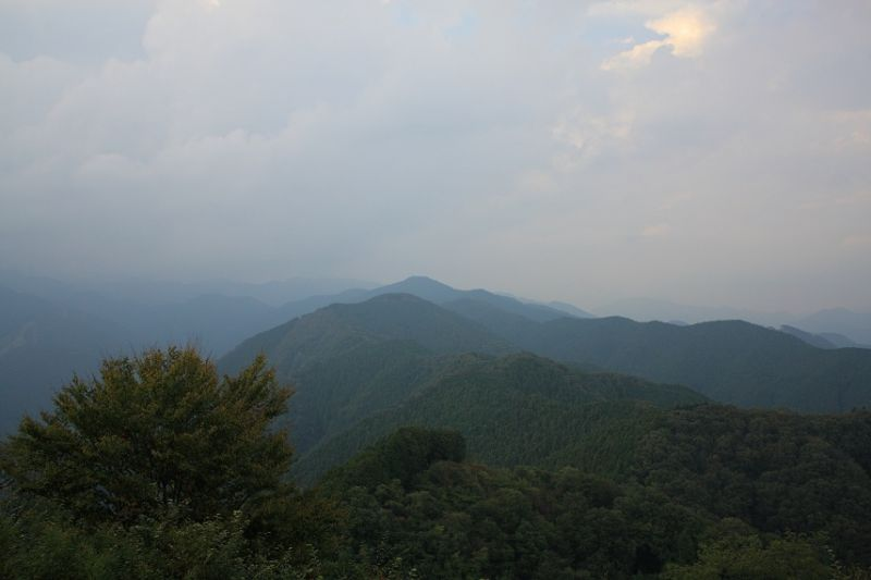 岩茸石山は好展望