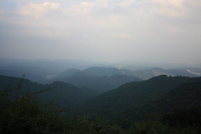 岩茸石山~高水山の稜線