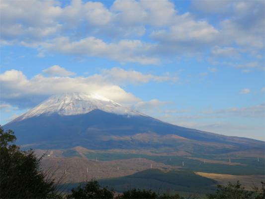 富士山の先っちょの雲