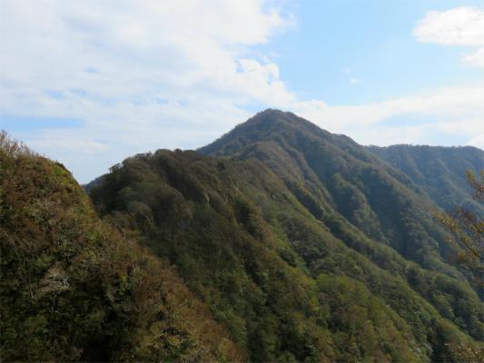 鋸岳~位牌岳への稜線