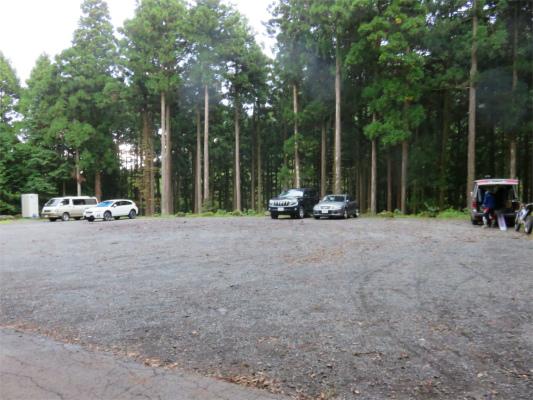 愛鷹山駐車場