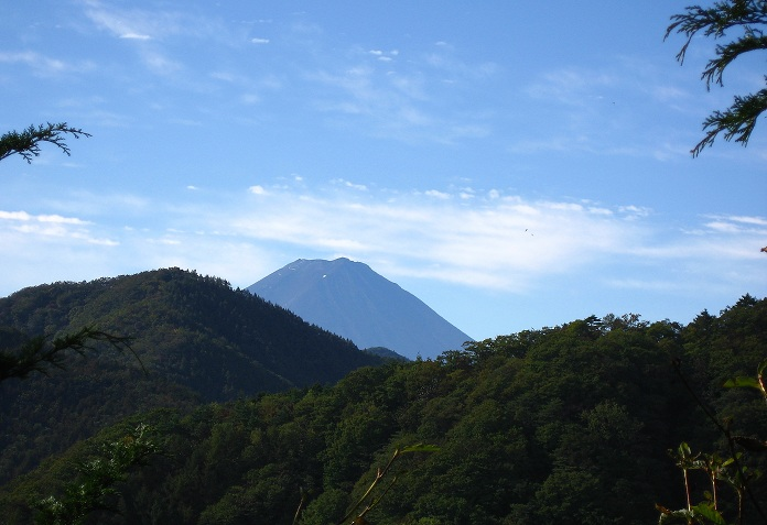 中尾根ノ頭から富士山