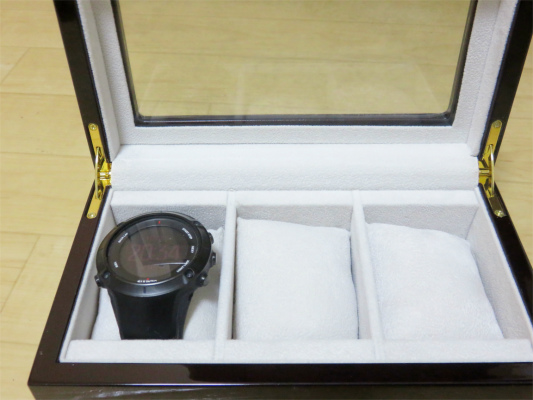 GPS内蔵の腕時計イギミの腕時計ケース