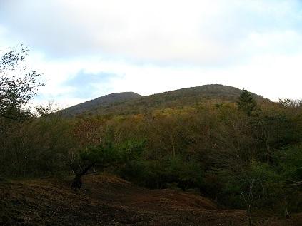 振り返っての大洞山方面