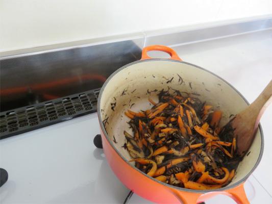 ひじきの煮物、完成