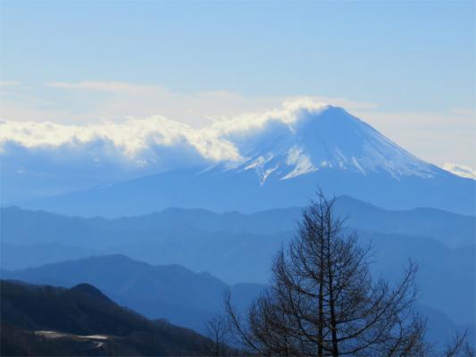 逆光気味の富士山