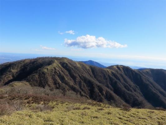 塔ノ岳・丹沢山を繋ぐ丹沢主脈縦走路