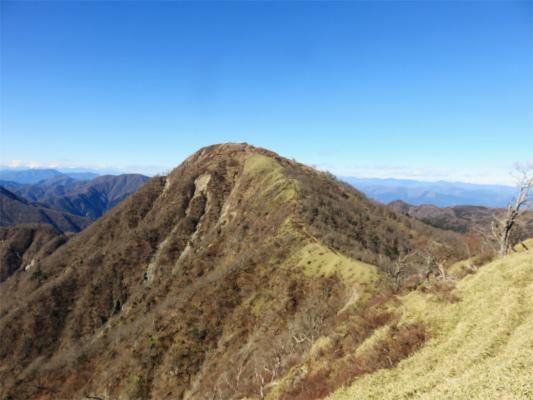 丹沢主脈縦走路最高地点である蛭ヶ岳