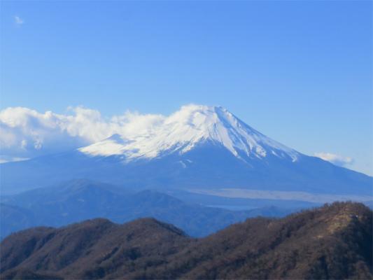 丹沢主脈縦走路最高地点蛭ヶ岳富士山