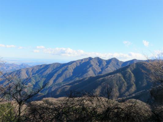 丹沢三峰綺麗に見えた