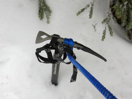 登山道積雪量