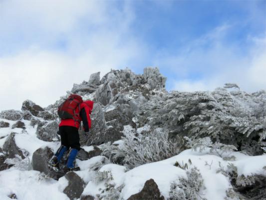 三ッ岳の岩登り