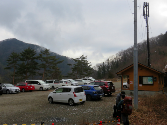 丹波村営の無料駐車場