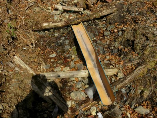 奥多摩小屋の水場枯れる寸前