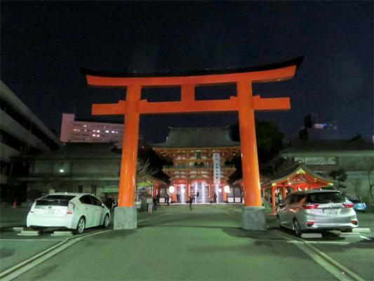 夜の生田神社も雰囲気が良い