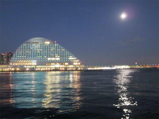 神戸のベイエリア横浜と似てる