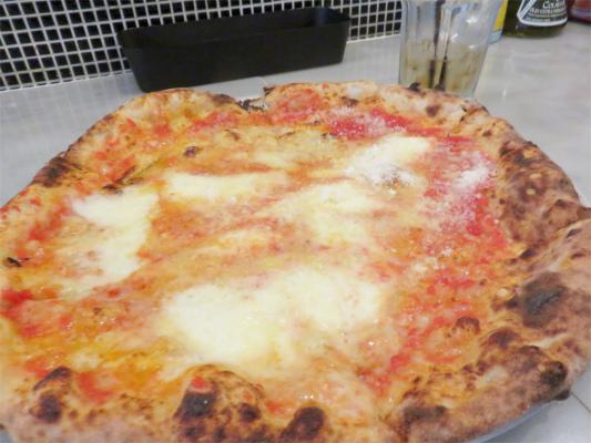 ランチのピザ