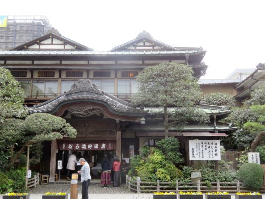 だるま料理店本店旅館やお寺、神社にしか見えない