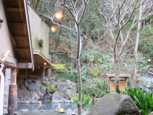 天山湯治郷の露天風呂