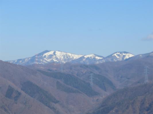 米沢山からお坊山の稜線