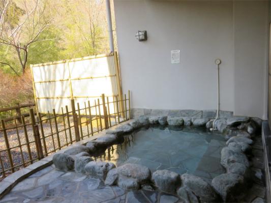 田野の湯露天風呂