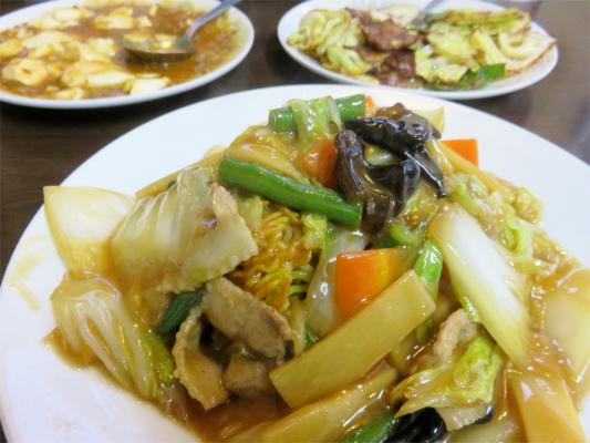 山梨県国道20号線沿線の食堂あまの中華料理