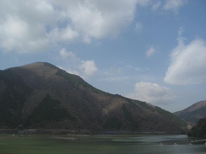 不老山丹沢湖の景色