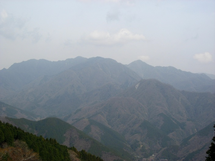 権現山から屏風岩山