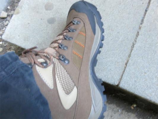 新調したシリオの登山靴