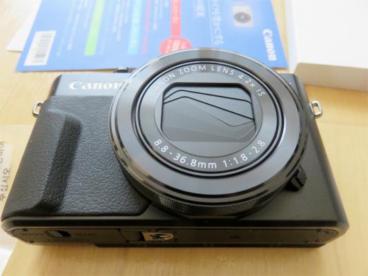F1.8キヤノン小型軽量デジタルカメラ