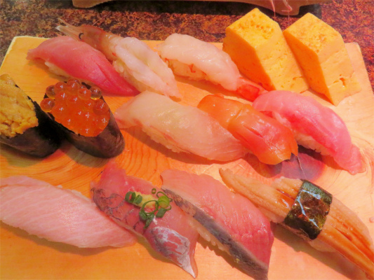 磯丸のお寿司北海道握り(2,380円)