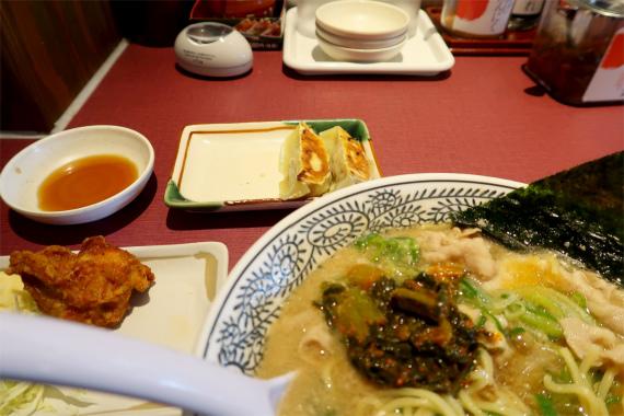 丸源ラーメン餃子・唐揚げランチ