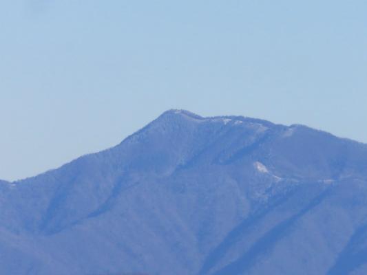二十六夜山から奥多摩の雲取山
