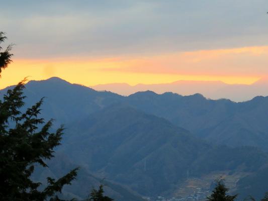 道志山塊の夕焼けタイム