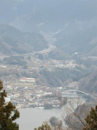 大明神山相模湖方面の展望
