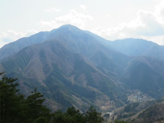 道志山塊ハイキングコースから大室山丹沢山塊