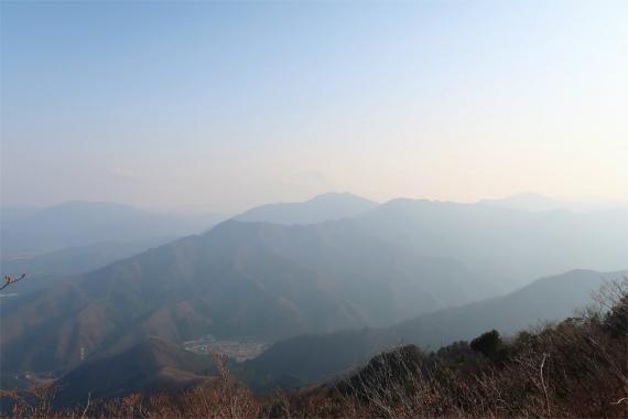 滝子山からスバラシ景色