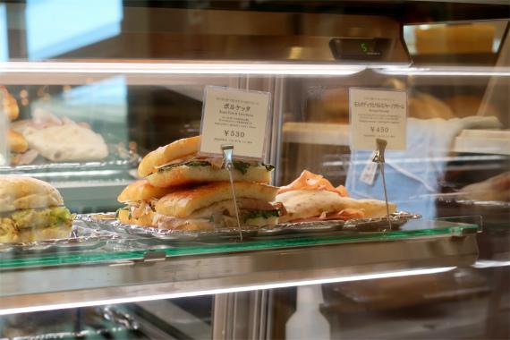 アンティコカフェアルアビスのメニュー軽食も充実サンドウィッチ系の種類豊富