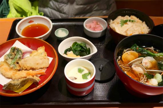 シジミ蕎麦炊き込みご飯、天ぷら