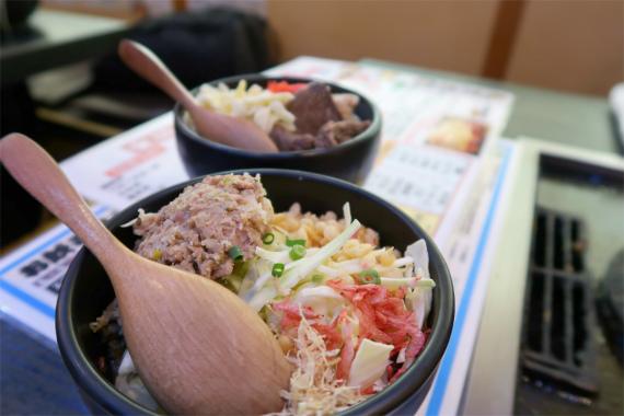 若竹のお好み焼き一食ごとに持ってきてくれるスタイル