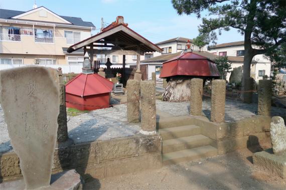 太田道灌のお墓敷地は結構広い