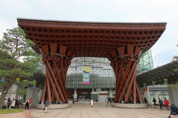 金沢伝統とテクノロジーが融合した素敵な街