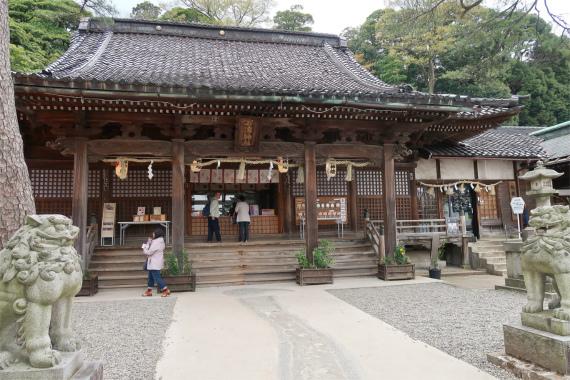 石浦神社は縁結びのパワースポット