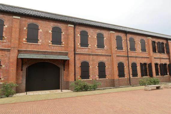 金沢赤レンガ倉庫は全部で3棟