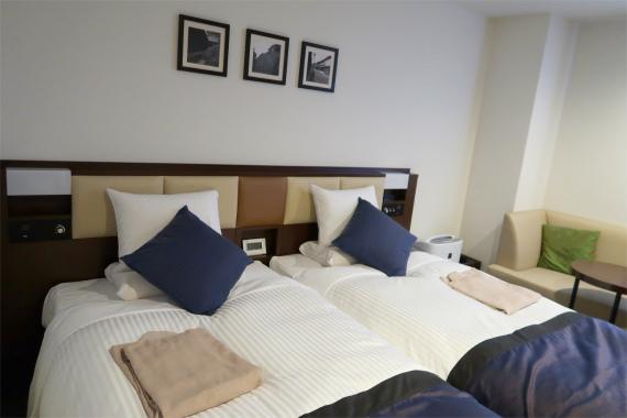 ホテルマイステイズ金沢キャッスルの客室ベット